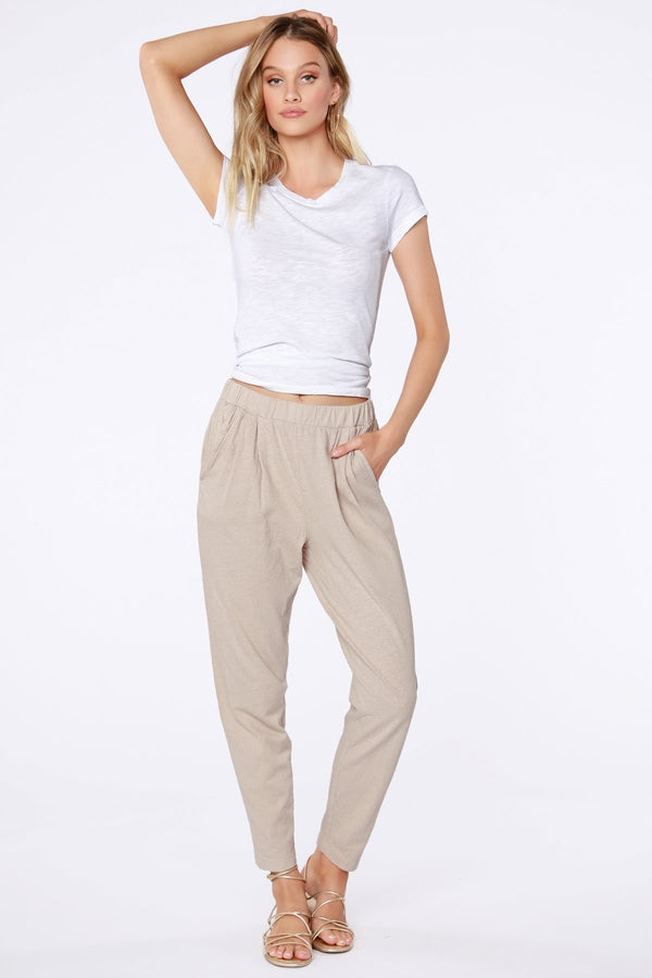 Sustainable Pleated Pant