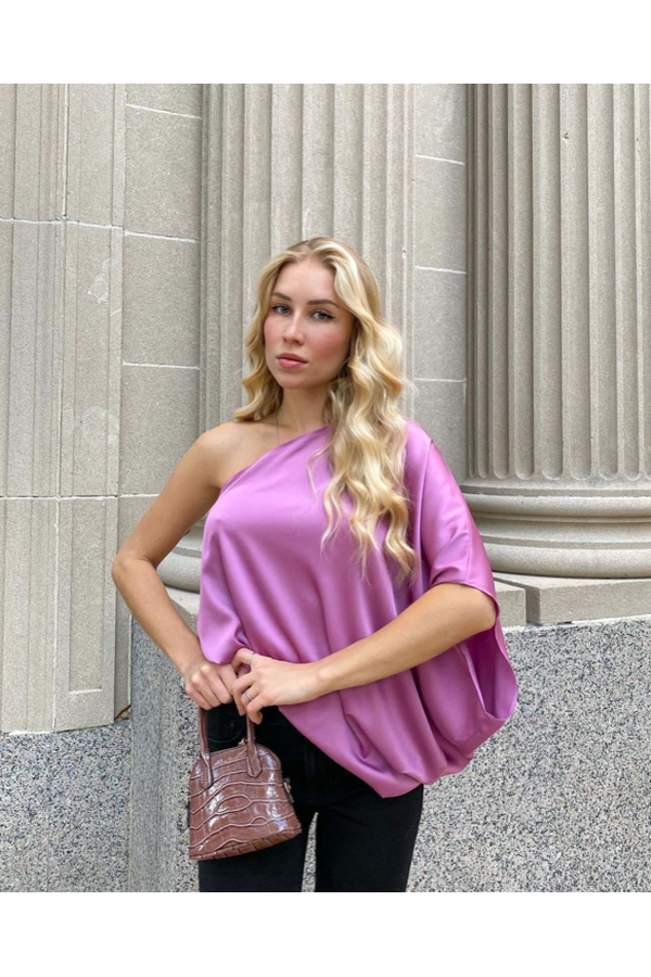Hemline Exclusive Vera Top in Purple