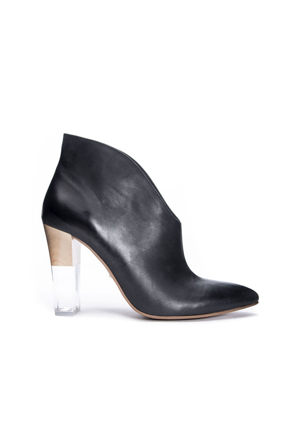 Load image into Gallery viewer, Kisses Fine Leather Bootie in Black - HEMLINE