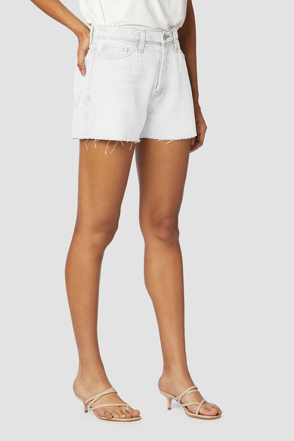 Lori High Rise Short in Soft Ecru