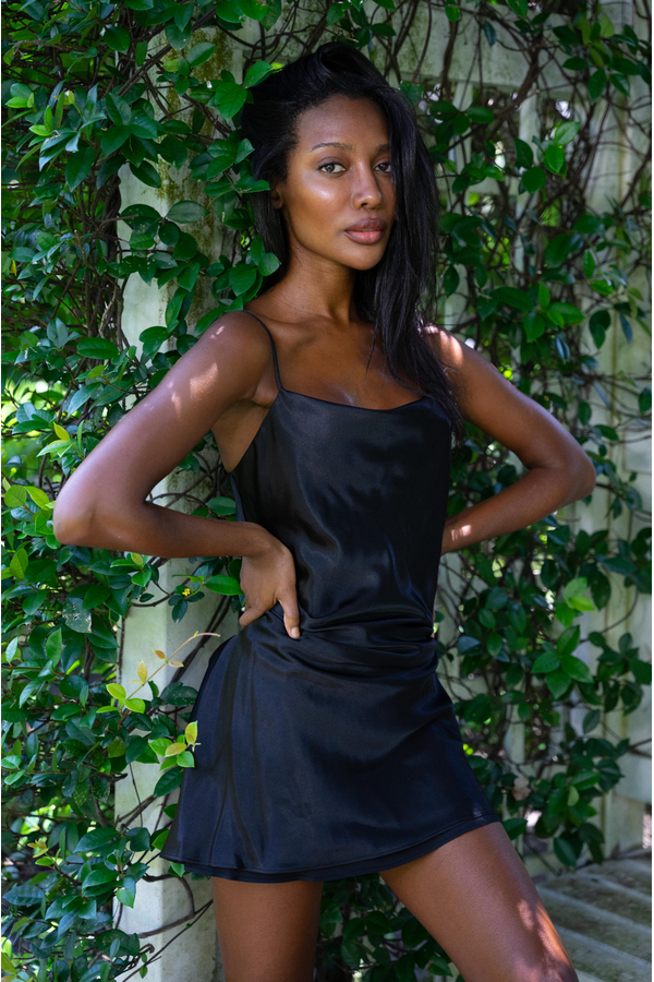 Hemline Exclusive Frida Dress in Black