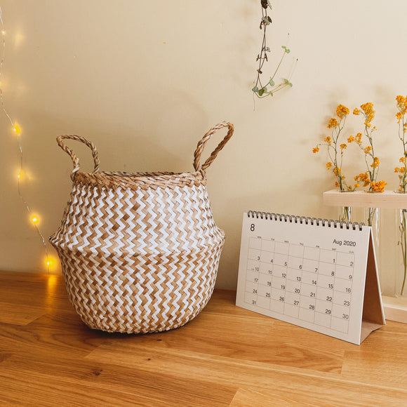 Zigzag White Pattern Belly Basket