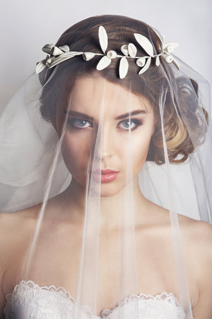 7 Must Have Bridal Accessories for Every Bride