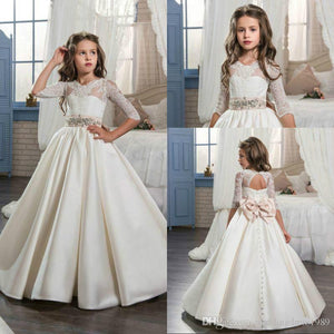 Stunning Half Sleeve Bow Lace Girls Pageant Dress Satin Beads 2018 Girl Communion Dress Kids Formal Wear Flower Girls Dresses for Wedding