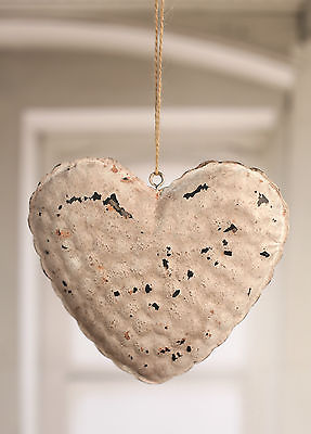 Rustic Hanging Tin Heart Home Decor Hanger 18cms BRAND NEW Cream