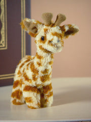 Giraffe 'Geoffrey' Sml Settler Bears Handmade Stuffed Plush Animal Gift 15cm NEW