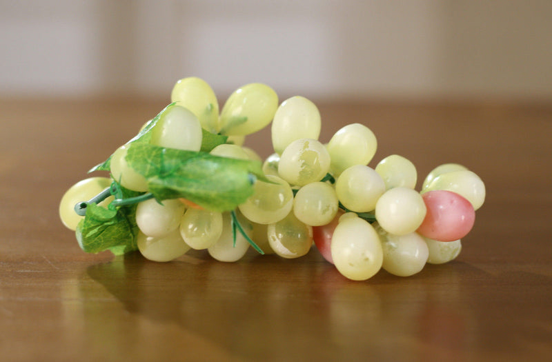 8 x Artificial Grapes Bunch Green Fake Fruit Vegetables Faux Food Decor 17cms