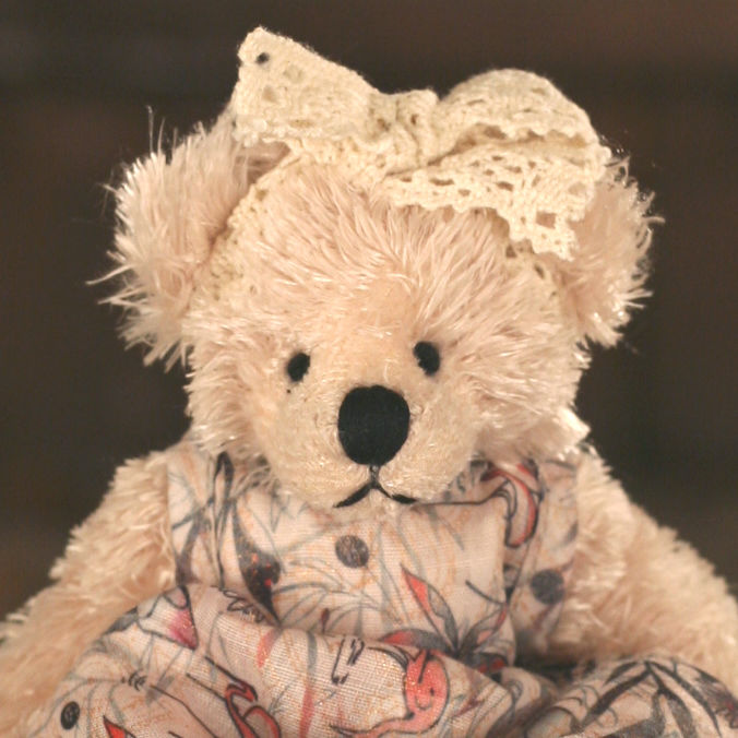 Teddy Bear 'Winnie' Settler Bears Handmade Dress Collectable Gift 15cms NEW