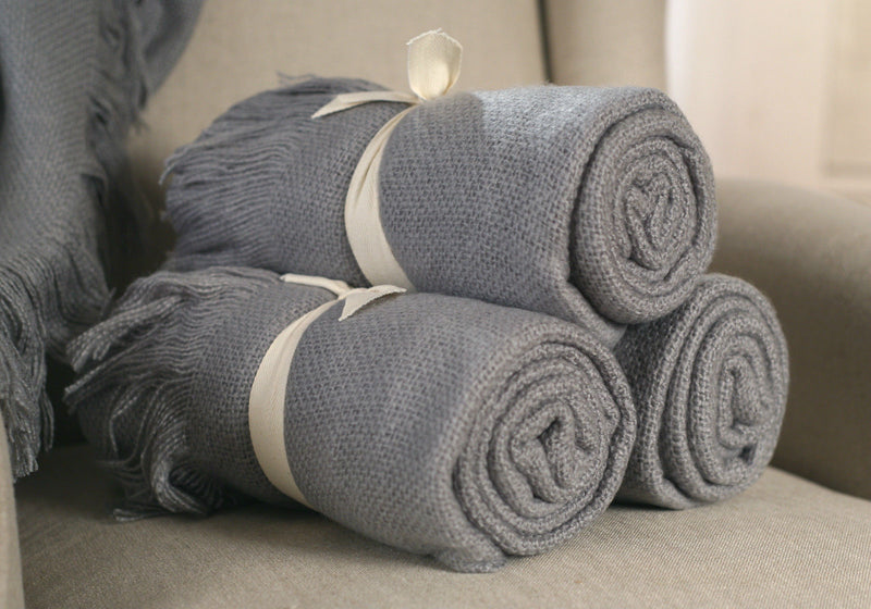 Throw Rug Soft Touch Throw Blanket Decorative Bedding Blanket 127x150cms - GREY