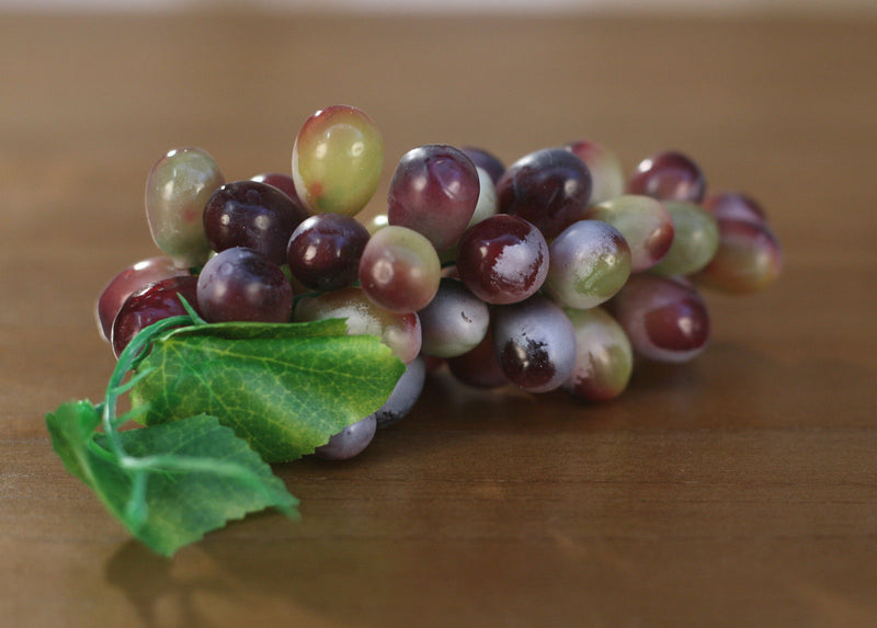 4 x Artificial Grapes Bunch Fake Fruit Vegetables Faux Food Home Decor 17cms