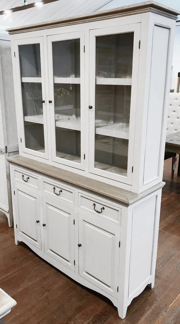 Image of: Buffets Dressers And Sideboards Buffet And Hutch