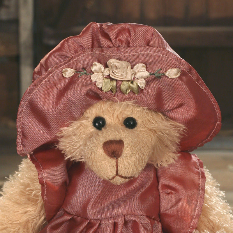Teddy Bear 'Sigrid' Settler Bears Handmade Dress Collectable Gift 25cms NEW