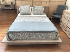 Full Queen Size Bed Distress Finish Teak Hardwood