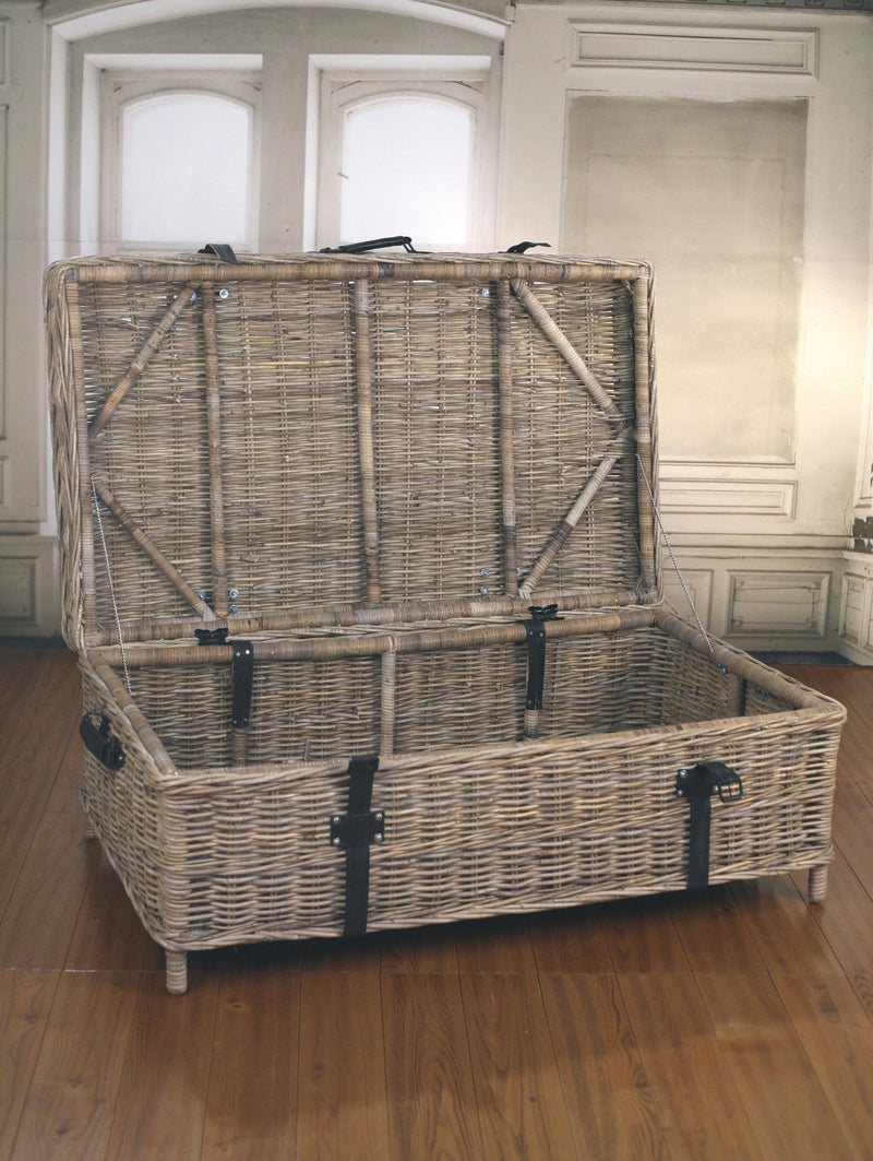 Storage Chest Trunk Kubu Country French Provincial Style Cane