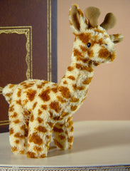 Giraffe 'Geoffrey' Lge Settler Bears Handmade Stuffed Plush Animal Gift 21cm NEW