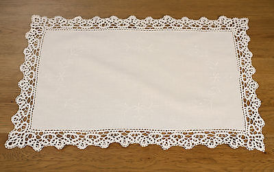Lace Table Runner /'Windsor/' Beige Home Decor Gift Hand Made Homewares 88cms NEW