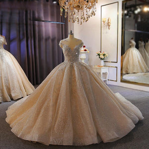 Women's Round Neck Sleeveless Beaded Court Train Wedding Dress
