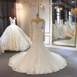Women's Scoop Neck Long Sleeve Sweep Train Lace Wedding Dress