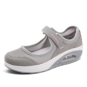 Women's Round Toe Mesh Wedge Heel Hasp Closure Sportswear Sneakers