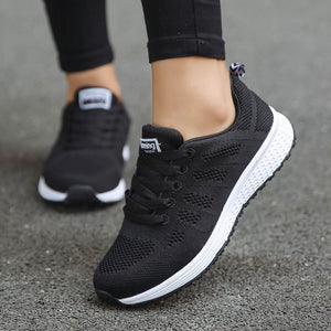 Women's Round Toe Mesh Striped Patchwork Lace-Up Workout Sneakers