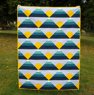 Mel's Mountain Horizon Quilt with Makower's Linen Textures
