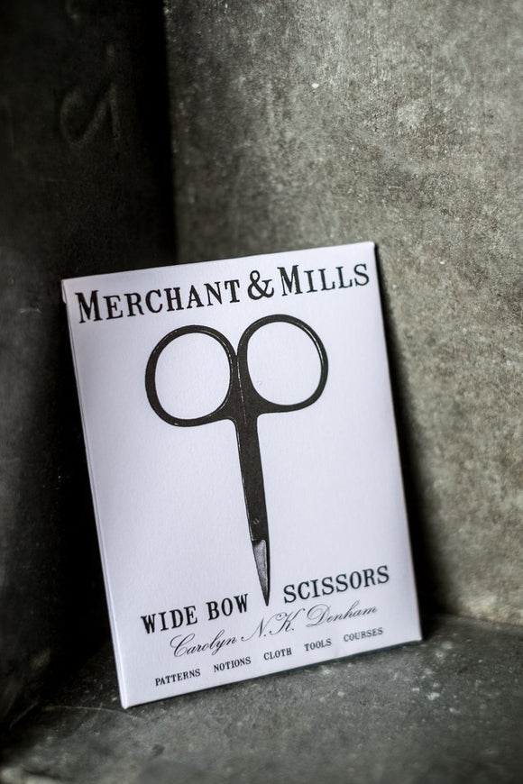 Scissors Wide Bow 10cm by Merchant & Mills