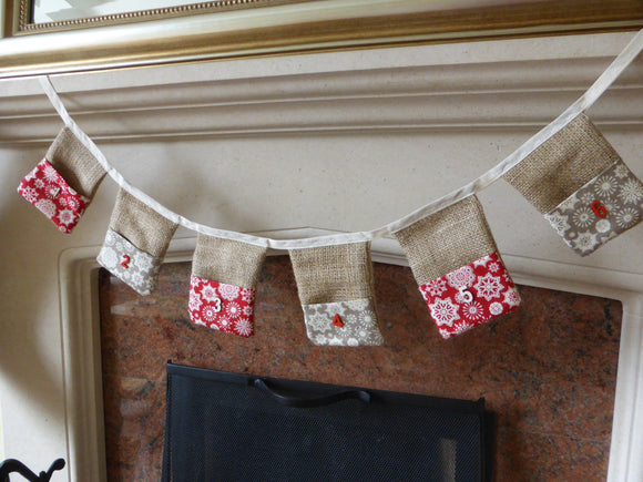 Christmas Course (Advent Bunting & Tree Skirt) 4 wks starts Mon 29th Nov 7pm - 10pm
