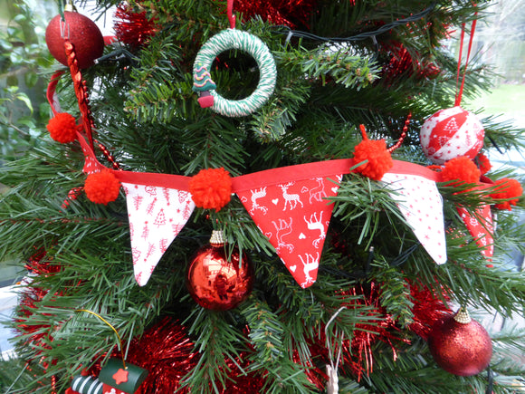 Christmas Tree Bunting - Friday 22nd Nov 10.30am - 1pm