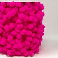 Pom Pom Trim 15mm in Shocking Pink
