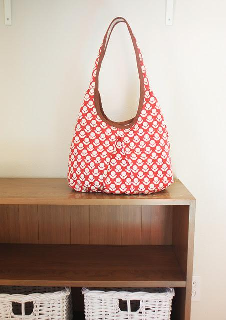 Runaround Bag Pattern from Noodlehead