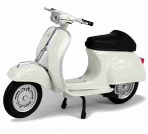 Vespa 50 Special 1969 1:18 Maisto White Metal Motorcycle Miniature Collection
