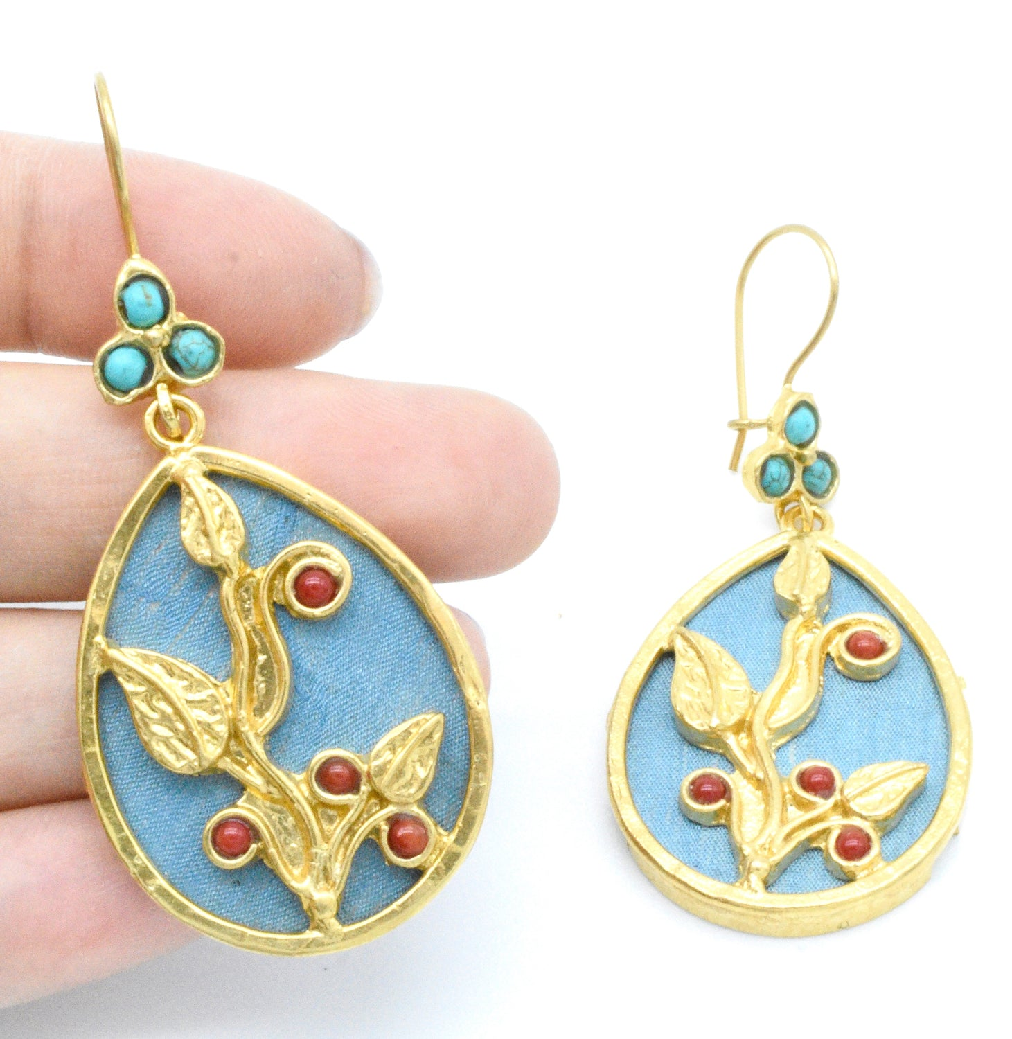 Aylas Red coral & Turquoise earrings - Gold plated semi-precious gemstone - Handmade in Ottoman style
