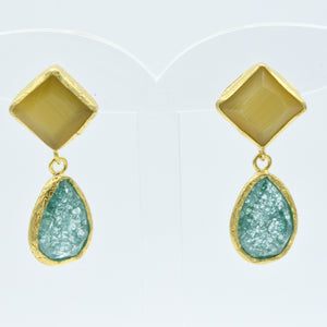 Aylas Crackled Zircon and Cat Eye earrings - 21ct Gold plated semi precious gemstone - Handmade in Ottoman Style by Artisan