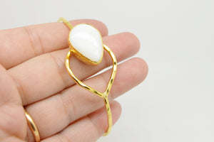 Aylas Mother of Pearl cuff/ bracelet - Gold plated semi precious gemstone - Handmade in Ottoman Style