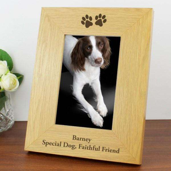 Personalised Paw Prints Photo Frame Wooden 4x6 from Pukkagifts.uk