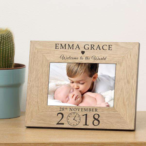 Personalised Welcome to the World Wooden Photo Frame 6x4 & 4x6 from Pukkagifts.uk