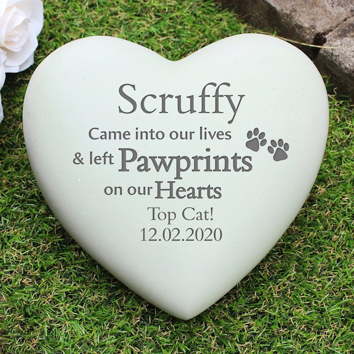 Personalised Pet Pawprints Heart Memorial from Pukkagifts.uk