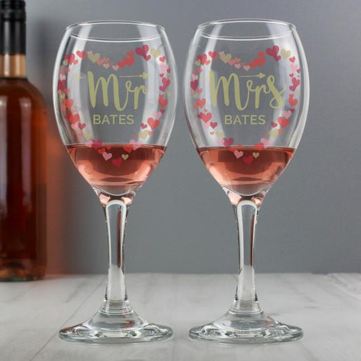Personalised Mr and Mrs Confetti Hearts Wine Glasses from Pukkagifts.uk