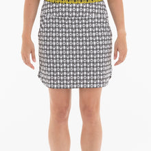 NI0210632 Nivo Lita Women's Black & White Print Liv Cool Pull-On Skort Product Image Front