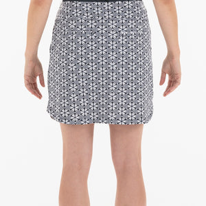 NI0210633 Nivo Love Women's Navy & White Floral Print Liv Cool Pull-On Skort Product Image Back