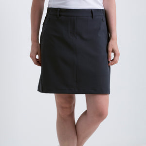 Nivo Women's 'Nadia' Pull-on Charcoal Golf Skort Model Front NI8210611