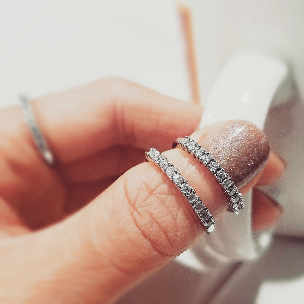 DAINTY STACKED RINGS THAT WORK ON EVERY FINGER!