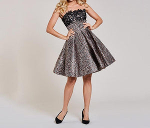 Strapless cocktail sleeveless appliques knee length a line dress/gown | http://chicboutique.com.au