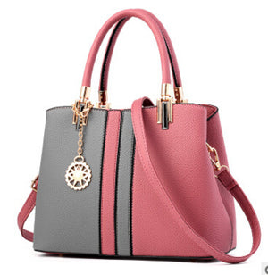 Gorgeous Shoulder Handbag | http://chicboutique.com.au