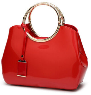 Stunning Handbag With Circular Handle