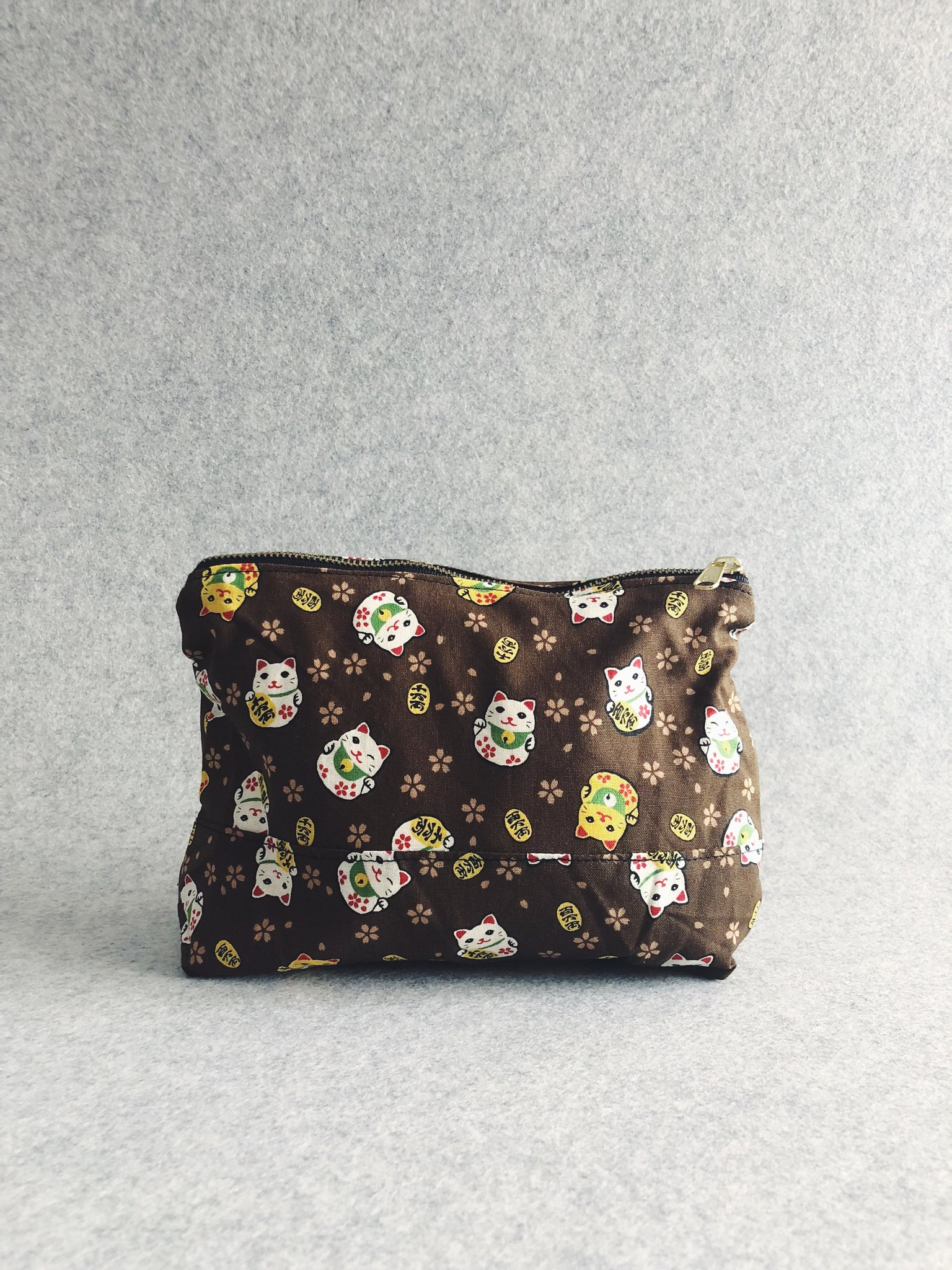 Fortune Cat (Brown) Japanese Cotton Pouch