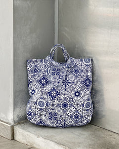 XL Tote - Canvas, with zippers (Porcelain)