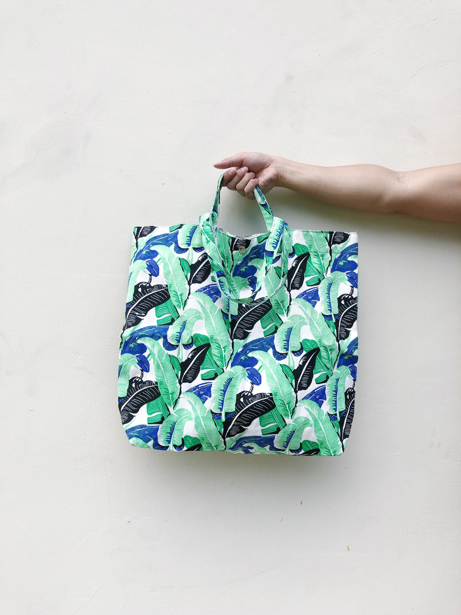 XLarge Tote Bag - Banana Leaf