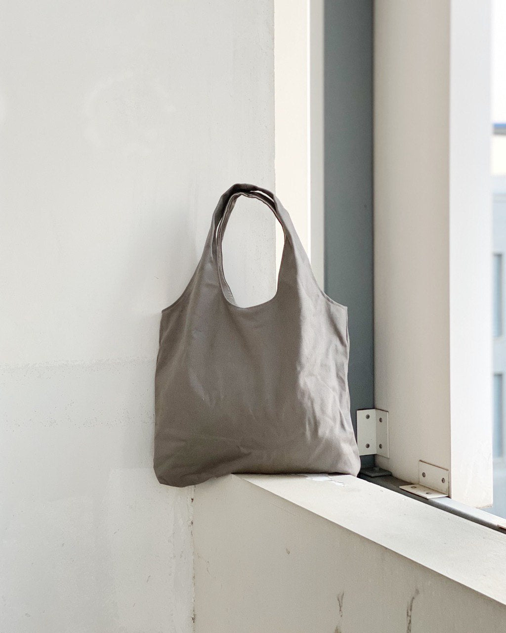 Shopper Tote - Light Grey (Canvas)