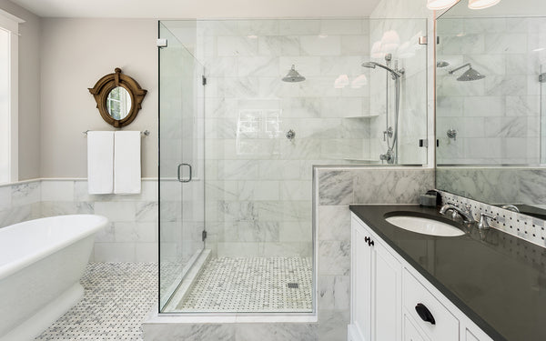 5 Ways Design Can Instantly Modernize an Outdated Bathroom